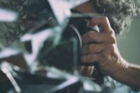 Ando em busca dos fragmentos de mim como naqueles quebra-cabeças de infinitas peças.