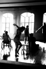 """""""Na melodia das tuas palavras descobri que, também eu, sabia dançar."""""""